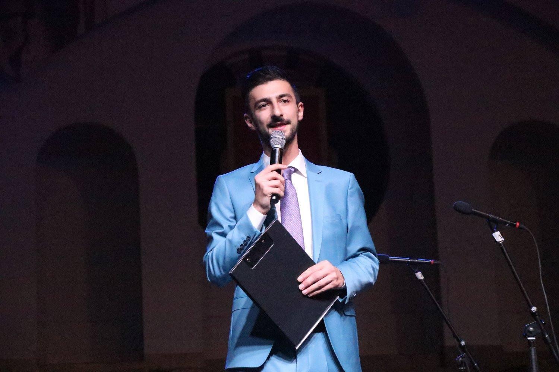 Теодор Тодоров - Тео водещ на концерт за Ден на Хасково