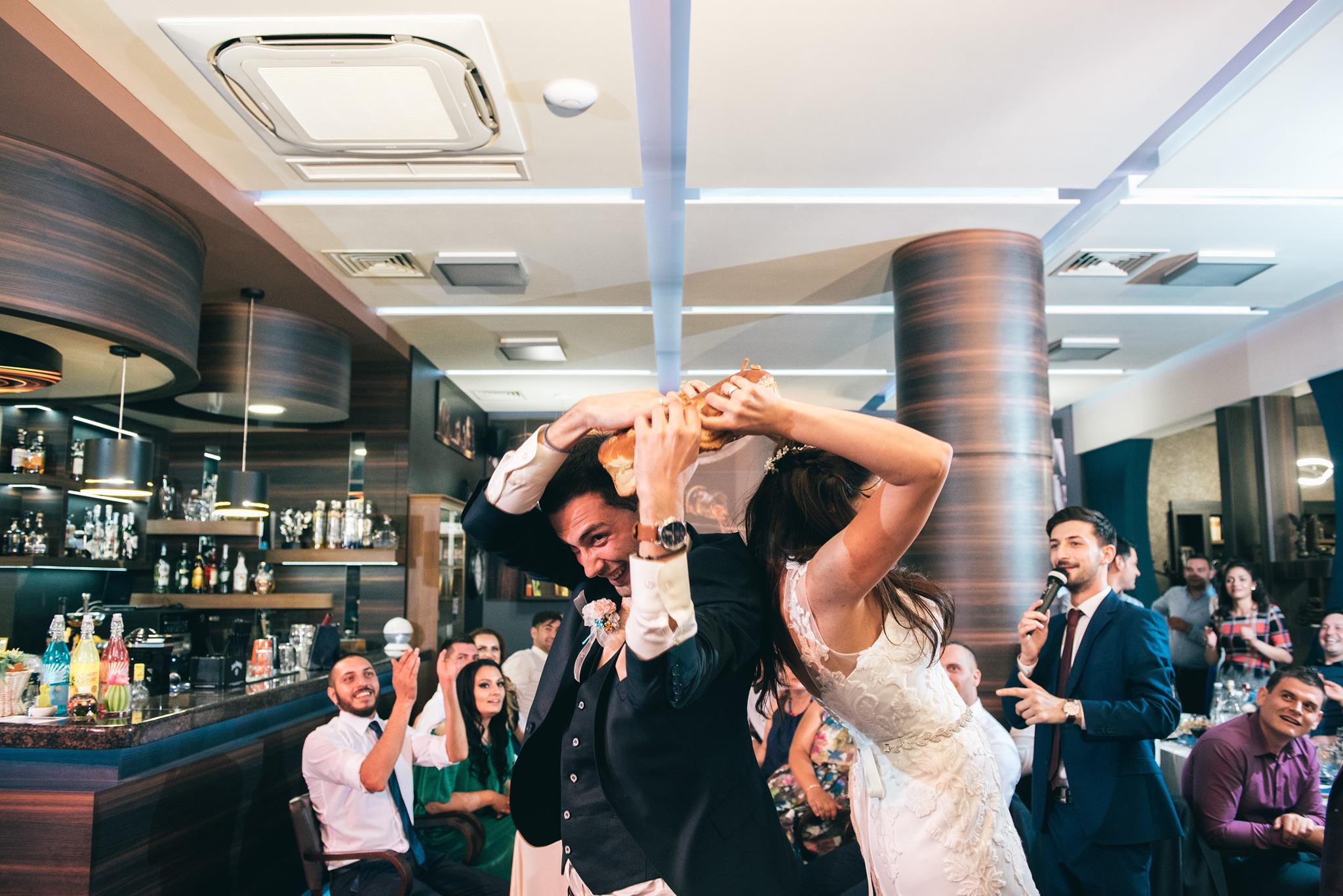 Когато в една приказка главните герои са млади, влюбени и усмихнати като Vasilena & Ivan, a действието е на уникалното място - FORUM Lounge Bar And Restaurant, няма как тяхната сватба да не е уникална! Благодарим, че я разказахме заедно! Водещ: Теодор Тодоров - #TopHost DJ: Мирослав Ангелов - #DJBesti Фото: Александров