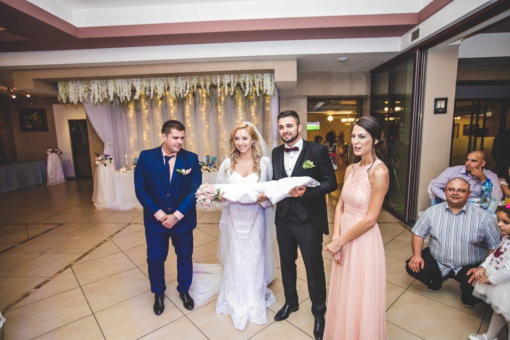 Божидара и Лъчезар - планирай онлайн сватба в цяла България - www.eventnewlive.eu