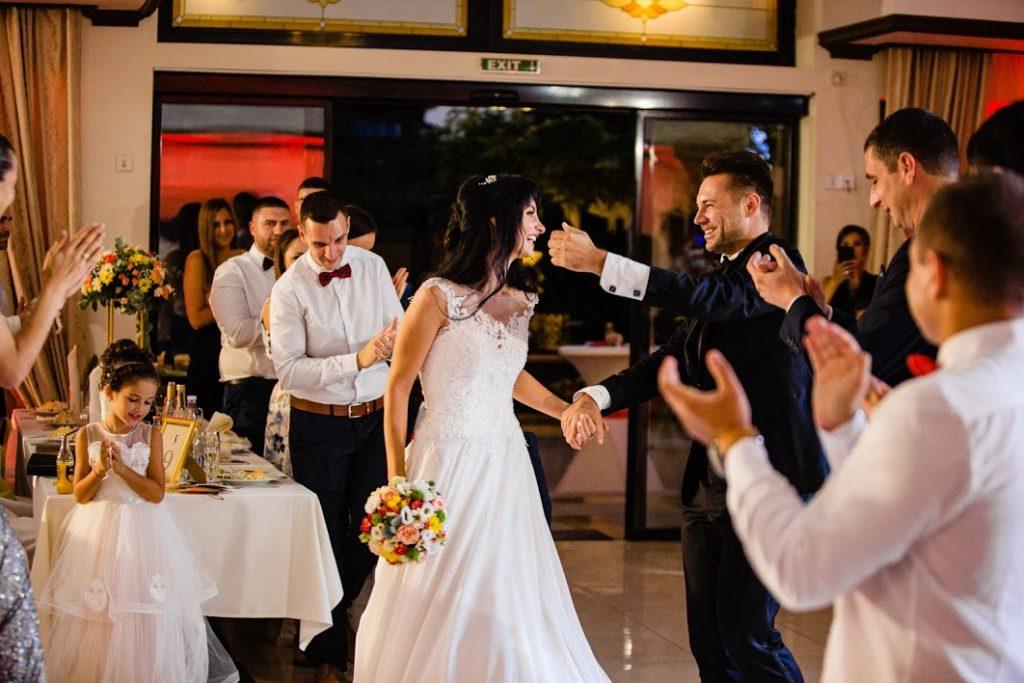 Стефани и Николай - планирай сватба онлайн всичко за теб - Event NewLive Agency - www.eventnewlive.eu